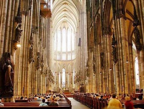 坐落于世界各地的著名教堂建筑
