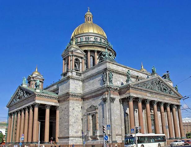 坐落于世界各地的著名教堂建筑图片